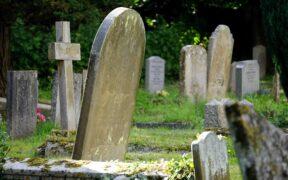 Kristen kyrkogård
